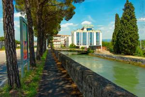 Verona 52 by BillyNikoll