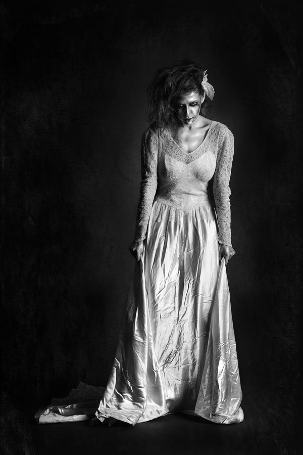 zombie bride by roblfc1892