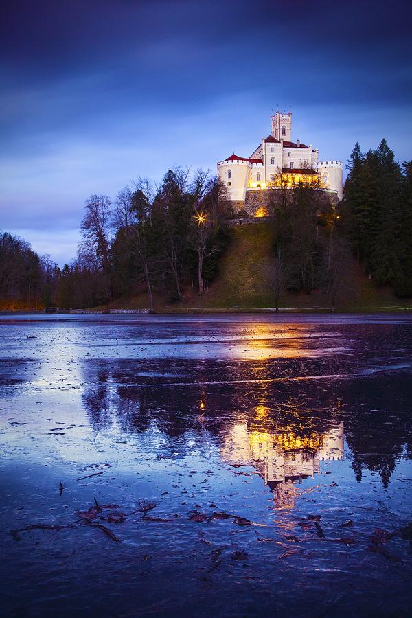 ...trakoscan castle II... by roblfc1892