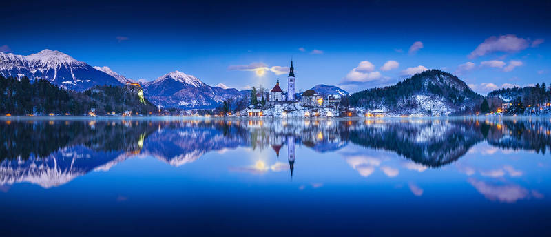 ...full moon panorama of bled...