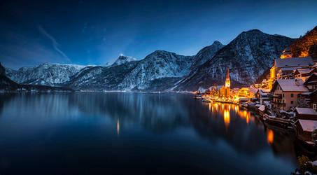 ...night panorama of hallstatt I...