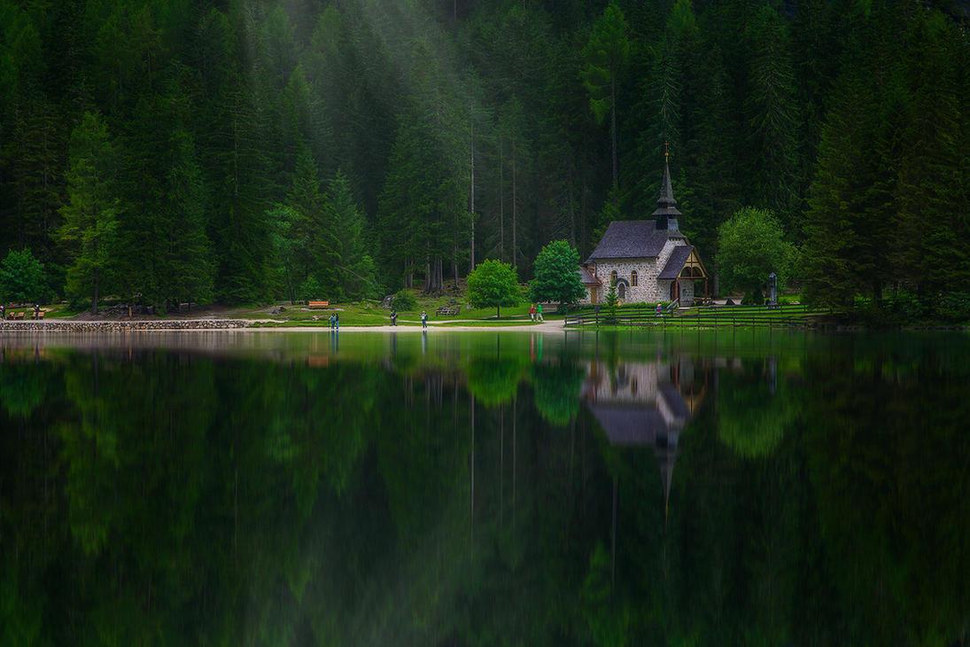 lago di braies VI by roblfc1892