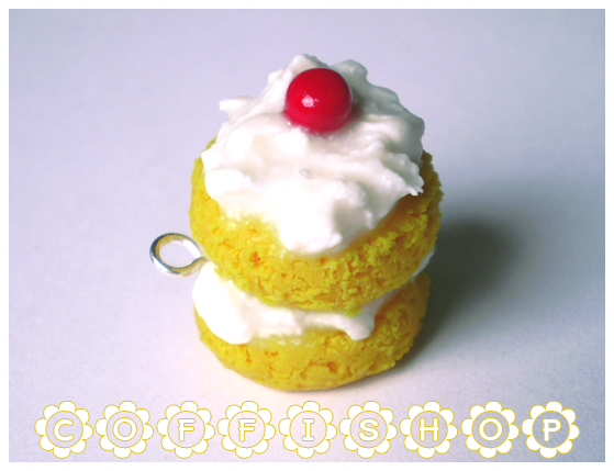 Creamy puff cake charm by coffishop