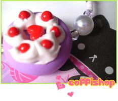 Lilac cake bracelet by coffishop