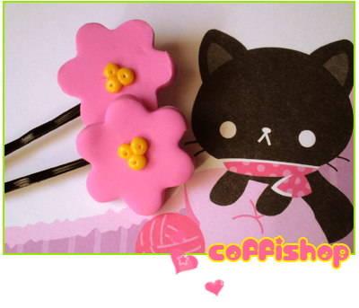 Pink flowers - hair pins by coffishop