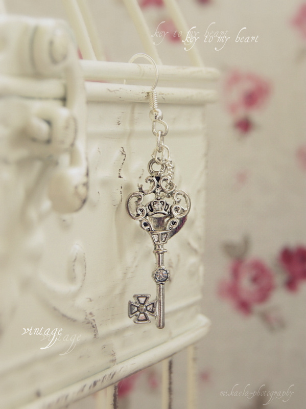 Vintage key by mikaela24 on deviantart for What can you do with old keys