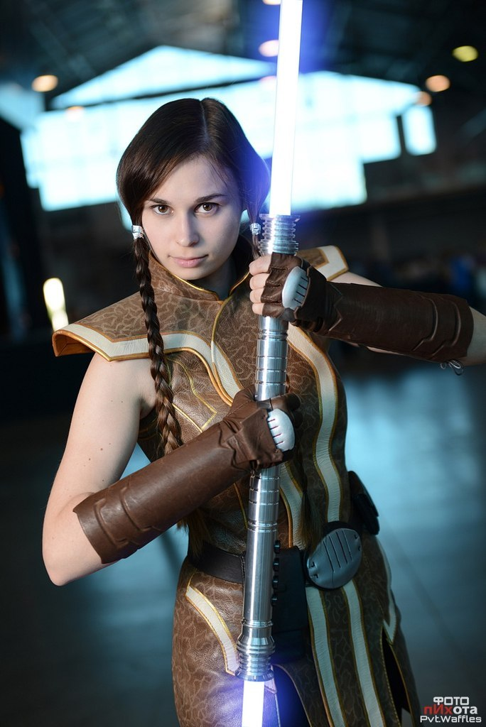 Jedi Grand Master Satele Shan (cosplay) by Svetliy-Sudar