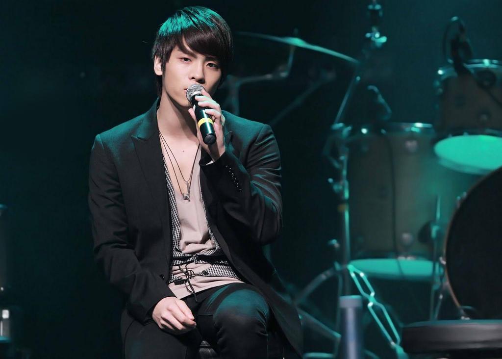 Jonghyun by iloveyou1989