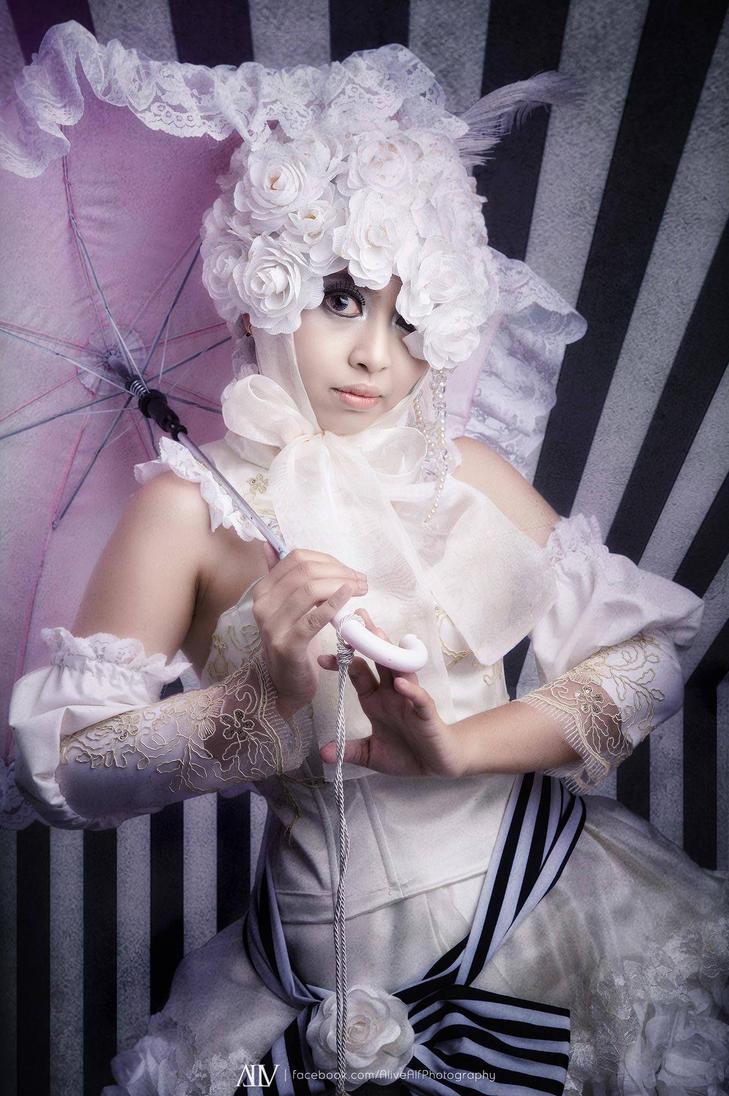 Doll by oruntia