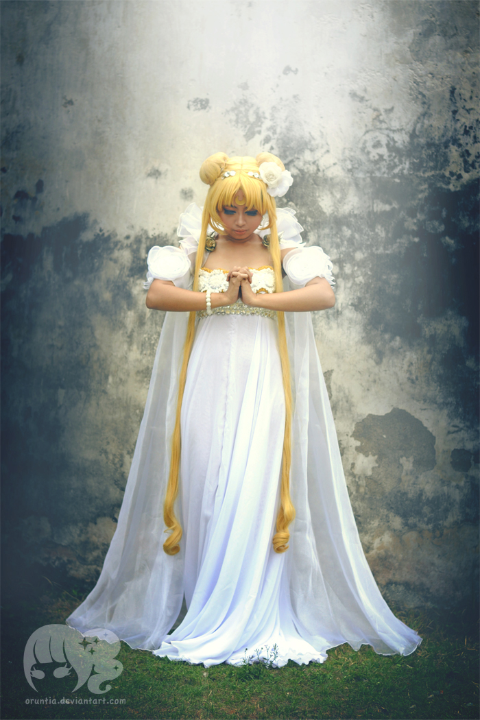 Praying by oruntia