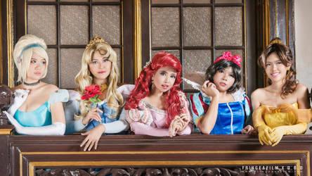 Disney Princesses : Balcony by oruntia