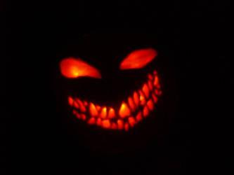 Disturbed Pumpkin by Haleykinzz