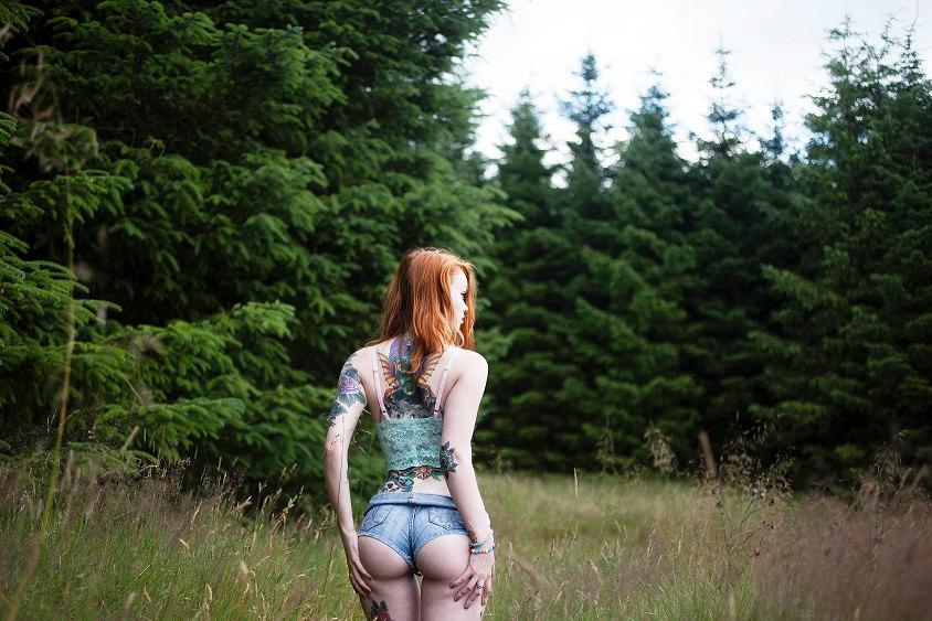 anal-porno-molodih-na-prirode