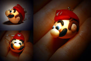 tiny mario head by Tadadada