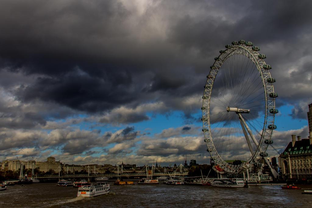 London by 0faith0