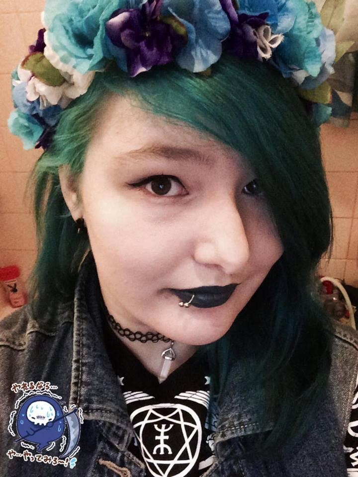 Ayu with a cutie flowercrown by XxAyuChuxX