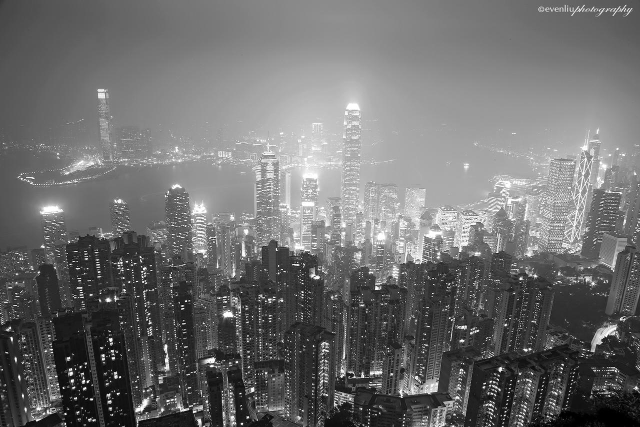 BW Hong Kong nightscape by evenliu