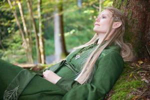 Let's take a rest by Finarfel
