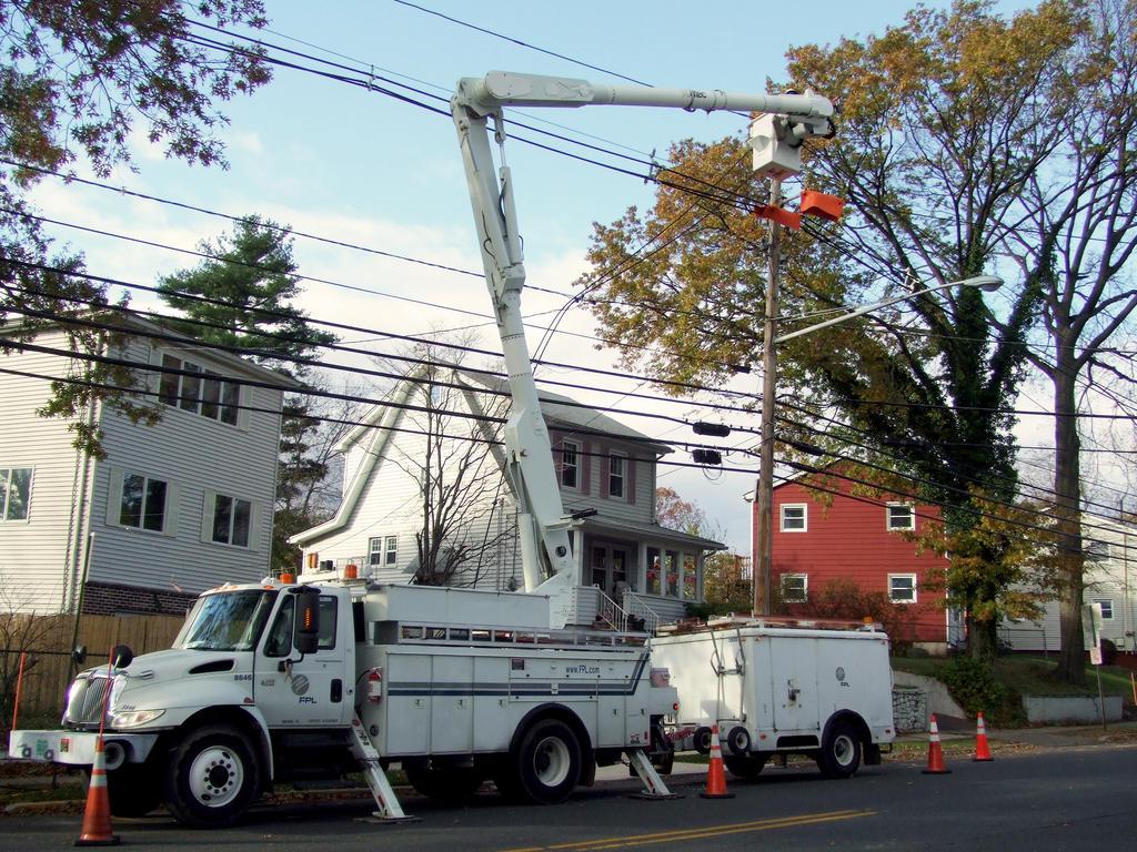 Sandy: Help From Florida Power And Light Company 1 By PaulRokicki ...