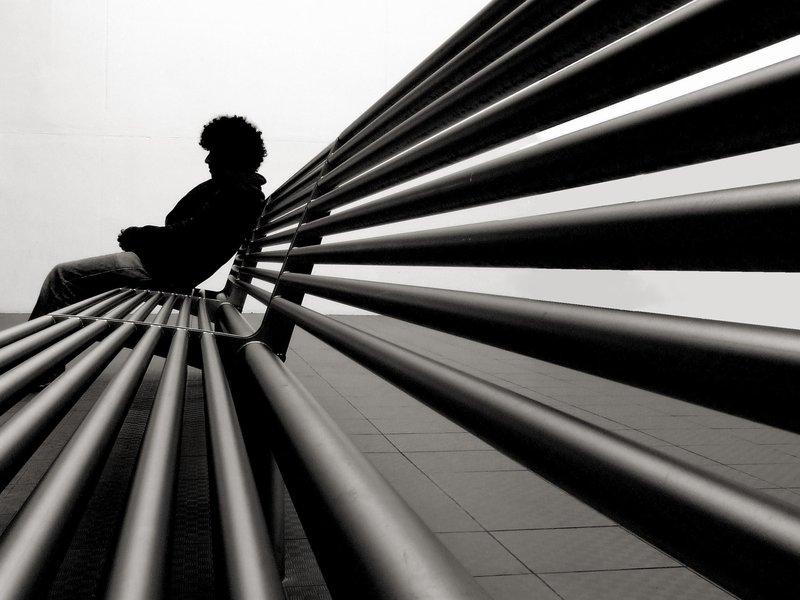 http://fc00.deviantart.net/fs48/f/2009/179/9/8/lonely_boy_by_muafiu.jpg