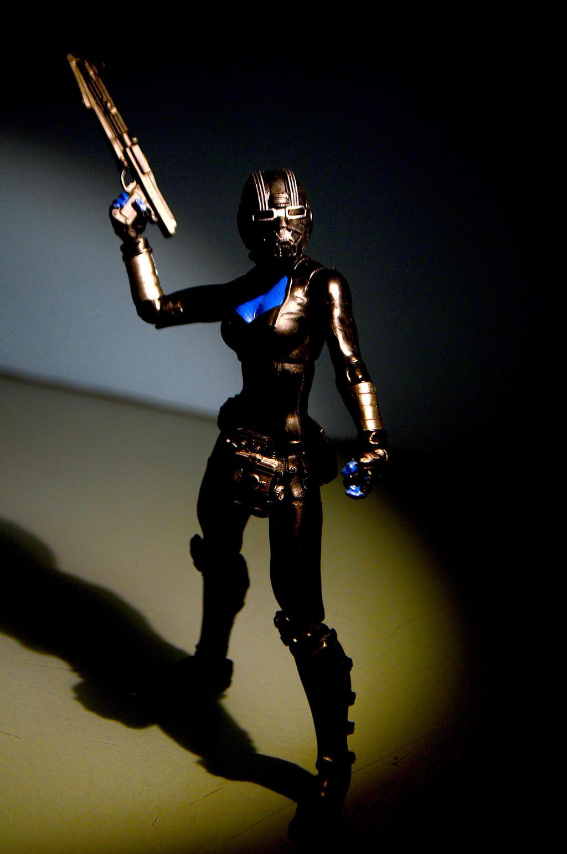Female Chiss Smuggler 01