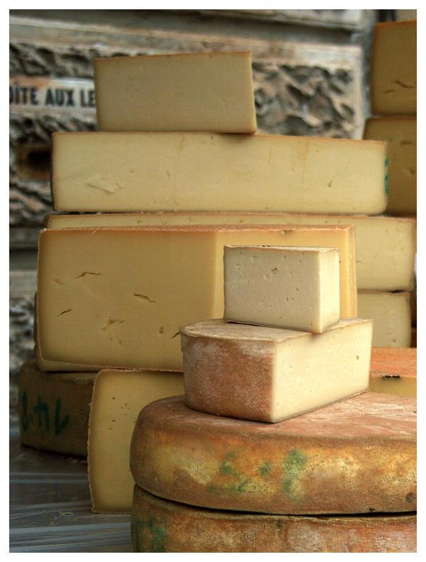 Gruyere cheese by ameliasantos