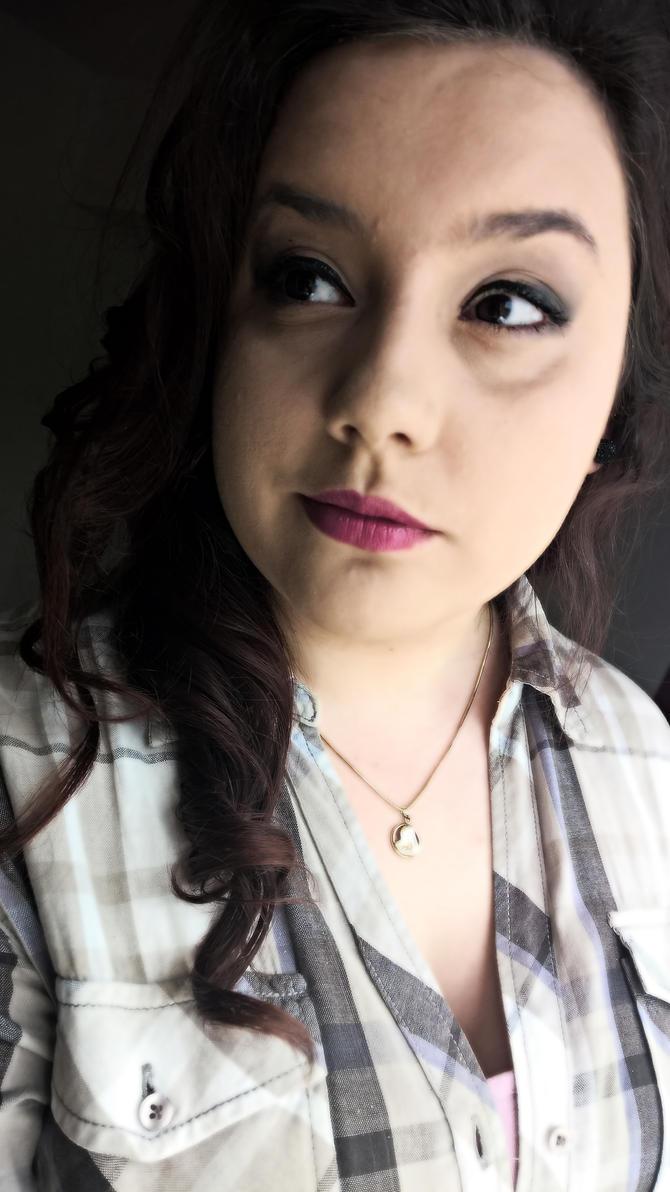 Make-up by deyush08