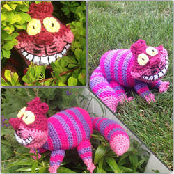 Crocheted Cheshire Cat by NguyenCraft