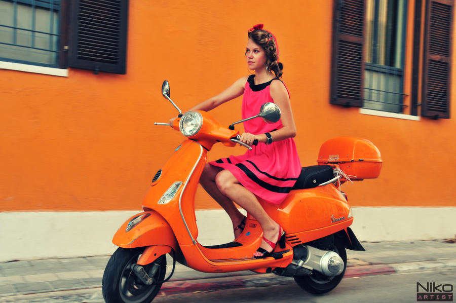 Orange Vespa Orange vespa by animalniko047