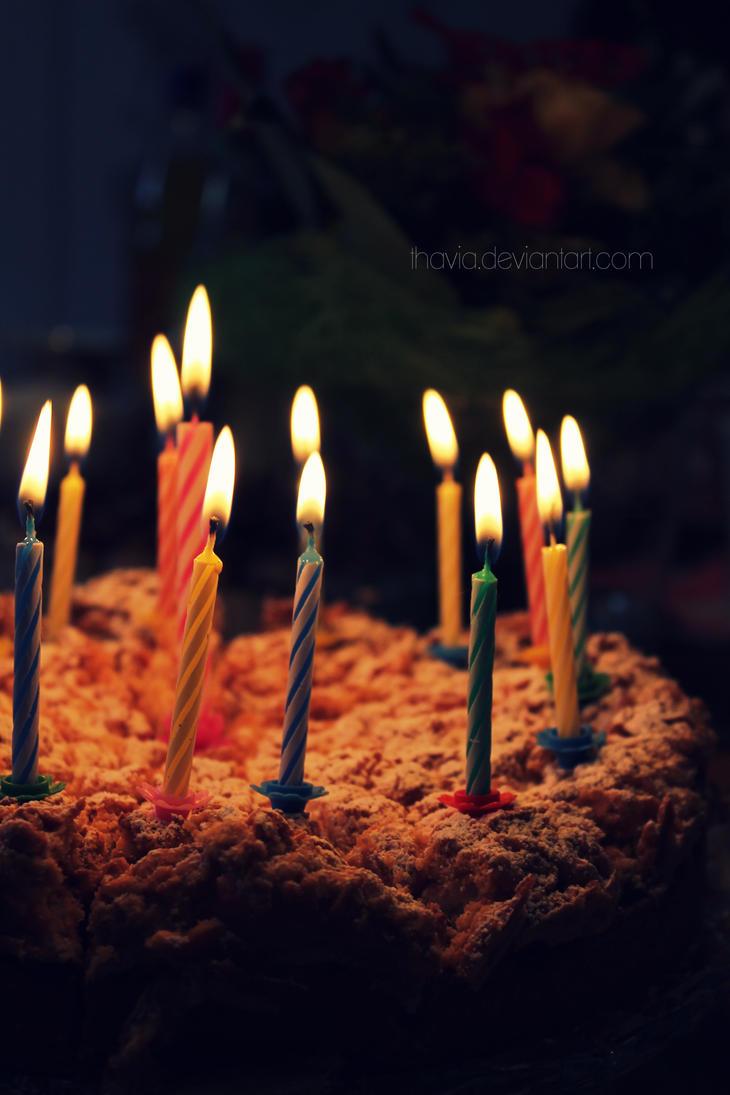 birthday cake by Thavia