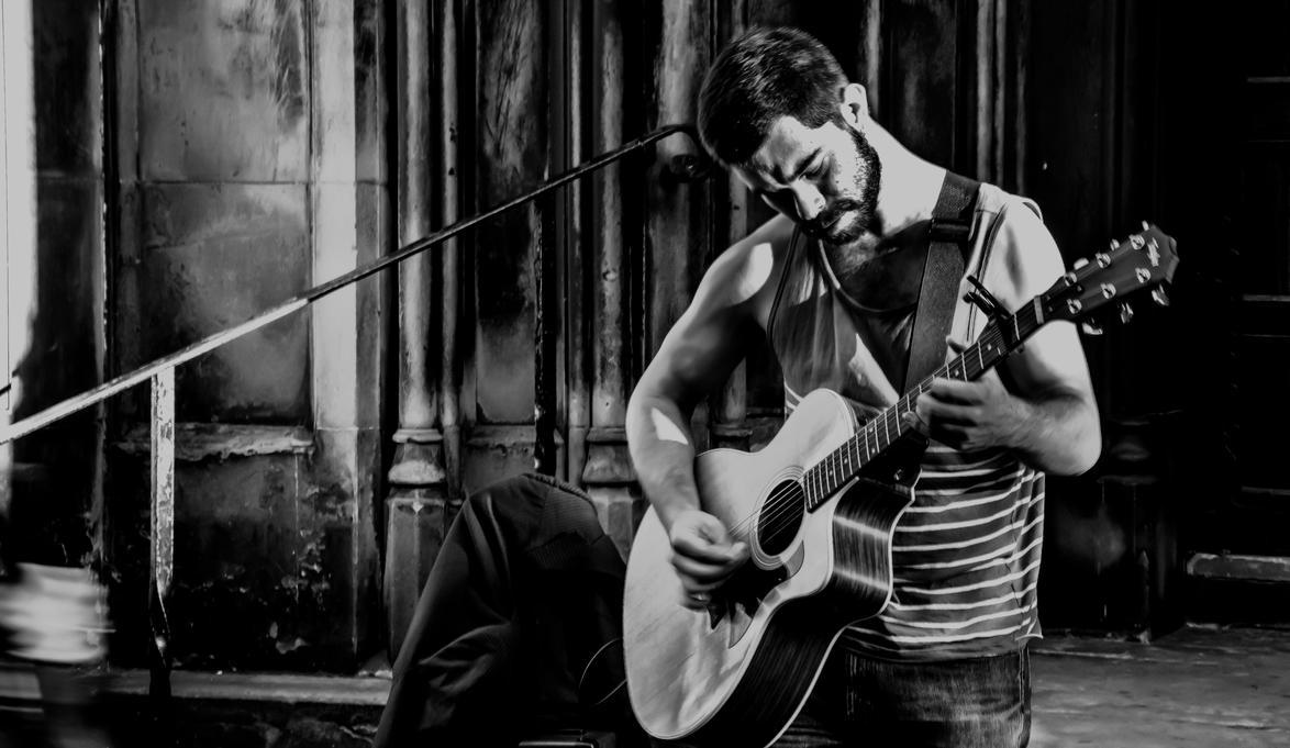 Unplugged In Edinburgh by PhotoXen