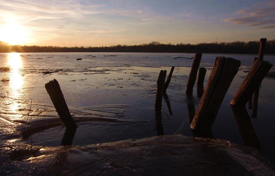 frigid poles by tanja1983