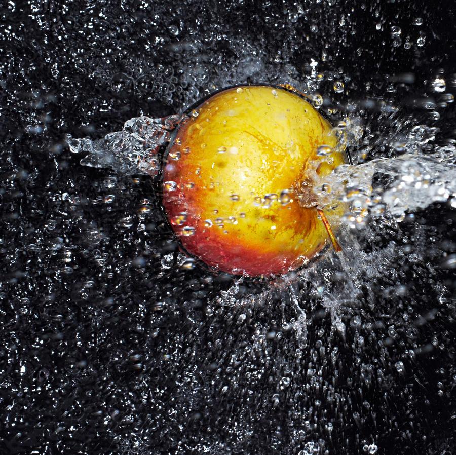 Razbijemo monotoniju bojom Apple_splash_by_sholky2