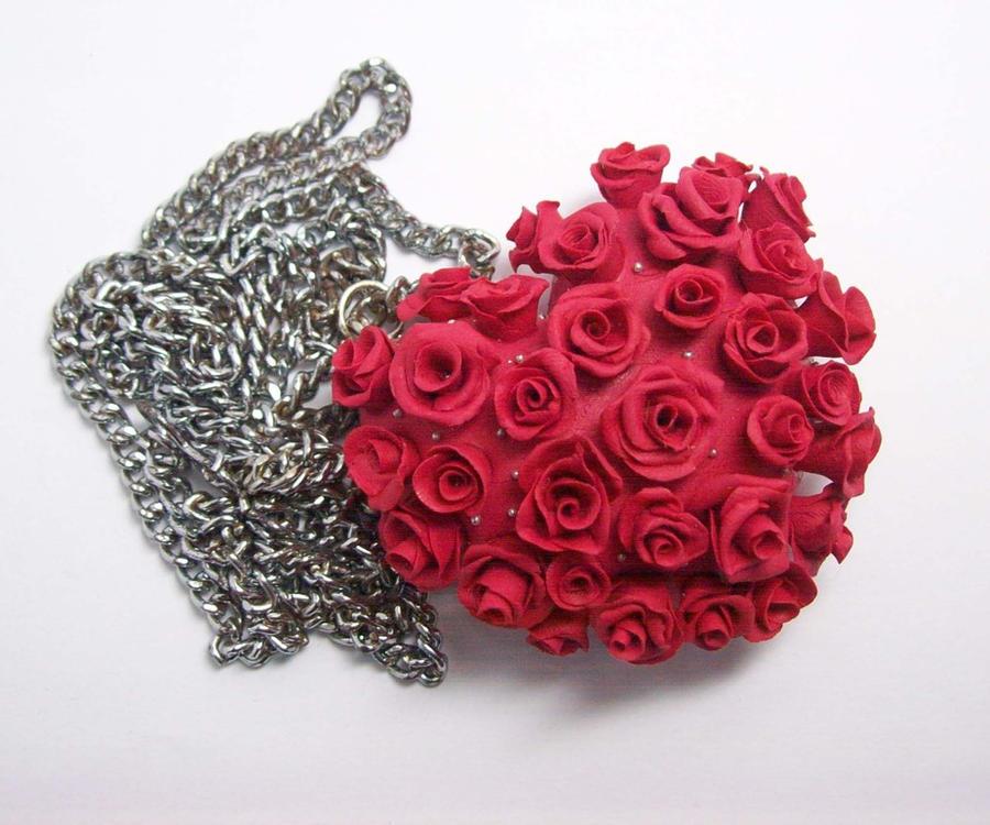 rose pendant.. by fafatonk3kusruk