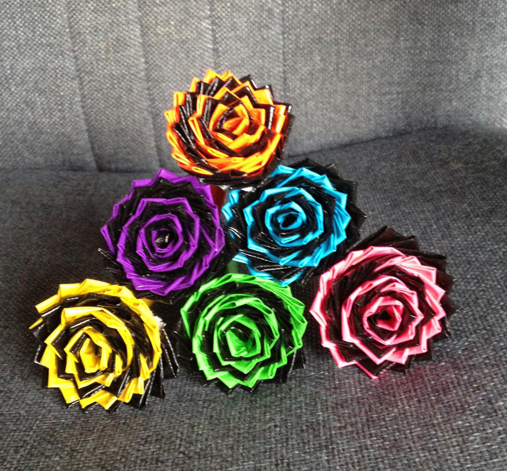 how to make a duct flower pen
