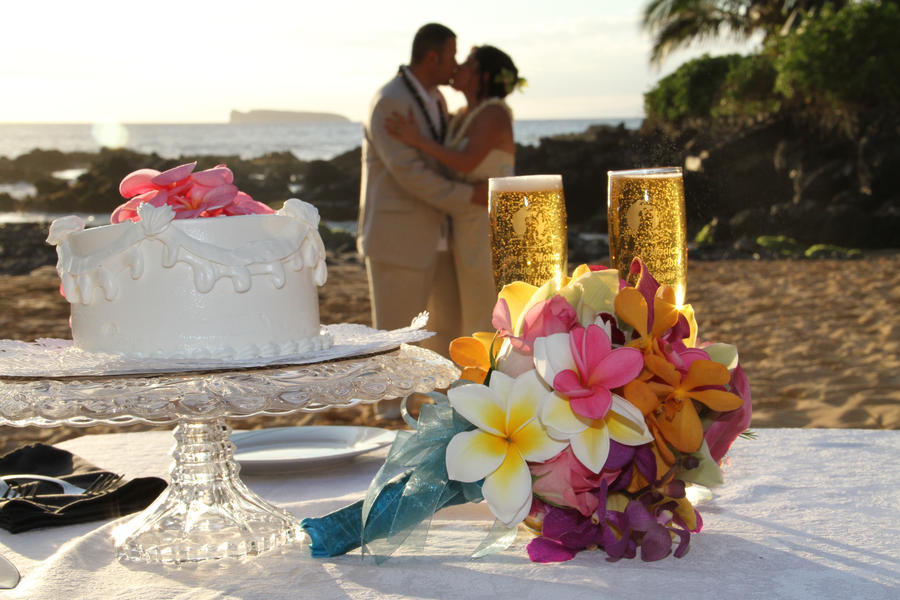 cake shot maui wedding by mikdej on deviantart