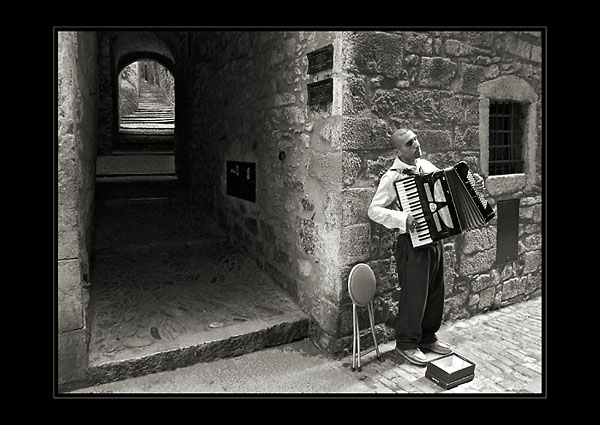 accordionist by anjelicek