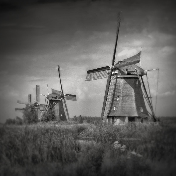 windmills by anjelicek