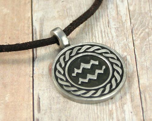 my favorite necklace by hangel23