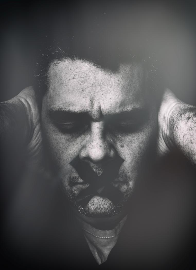 Indifferenza e paura... by Blakk-mamba