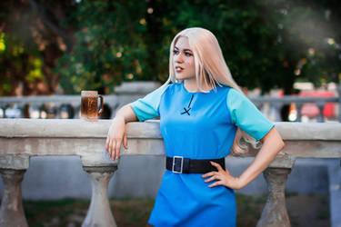 Princess Bean Disenchantment cosplay