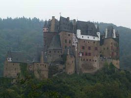 Burg Eltz 2 by JanuaryGuest