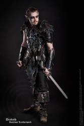 Photoshoo 2013 : Druchii male Armor by Deakath