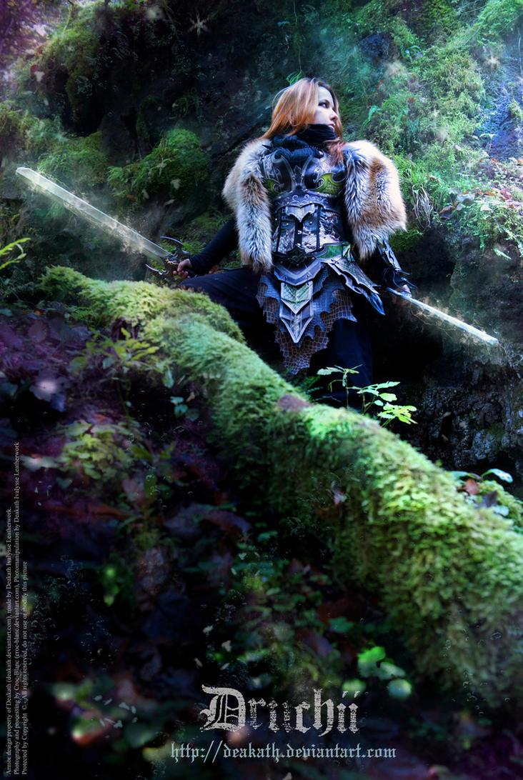 Druchii female Armor - Outside by Deakath