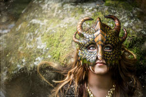 Dragon Mask - Fairytales 2 by Deakath