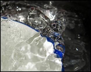 Water Splash by fuddyduddy