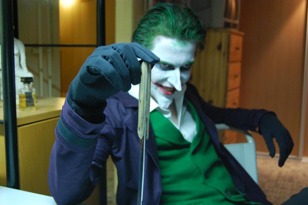 Batmanarkham origins joker cosplay by mcranefx on deviantart batmanarkham origins joker cosplay by mcranefx voltagebd Images