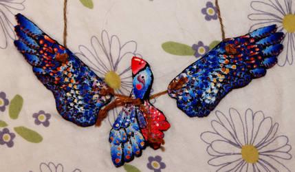bird necklace by coffeecookiecat