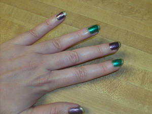 Mardi Gras Nails 002
