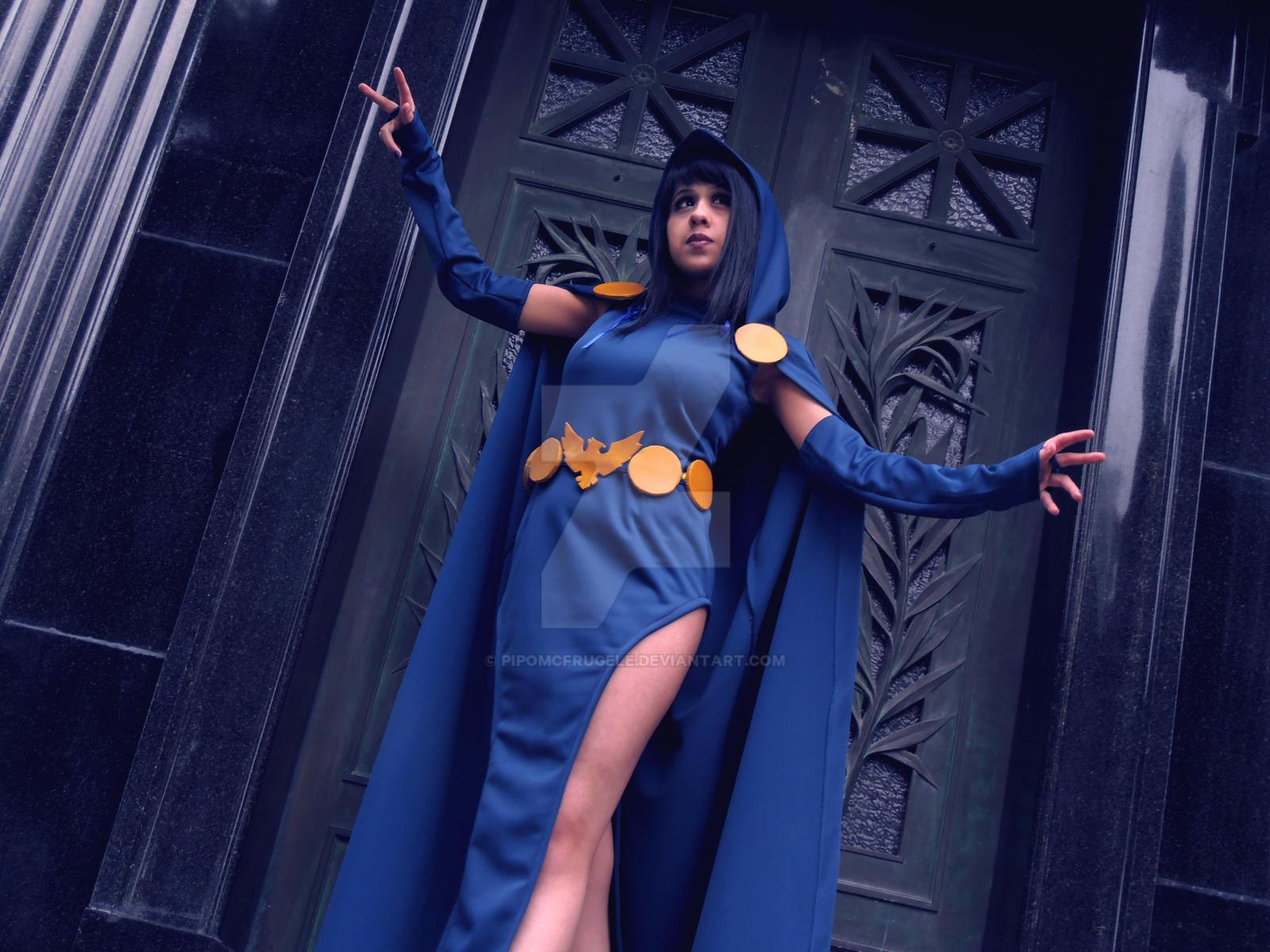 Dc comics raven cosplay
